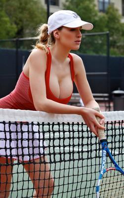 Tennis Hottie - 00