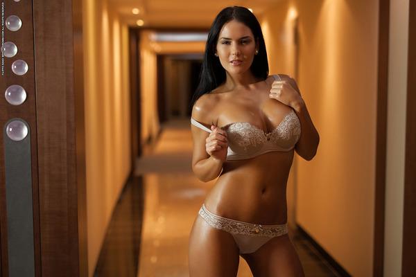 Hotel Nudes - 01