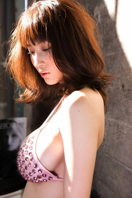 Busty Japanese AV Model in Varios Shots - 09