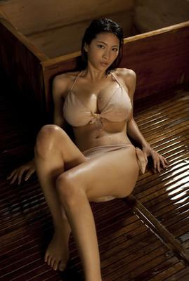 Ameesha patel boob