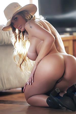 Andressa Urach in 'Amazing Latina' via BellaClub