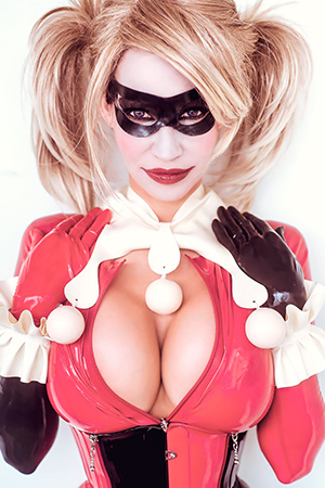 Bianca Beauchamp in 'Harley Quinn' via
