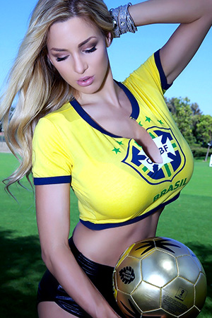 Jordan Carver in 'Brasil Fan' via