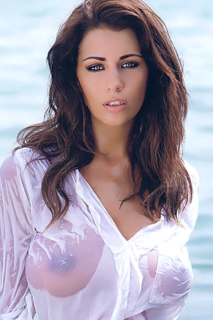 Holly Peers in 'Sweet Brunette Babe' via Mr Skin