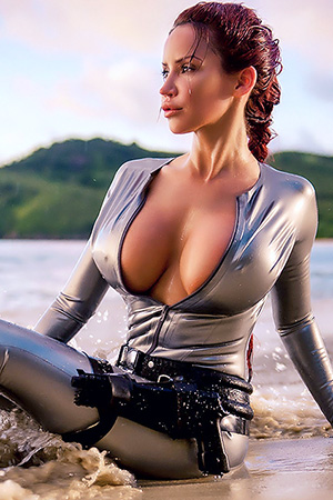 Bianca Beauchamp in 'Lara Croft' via