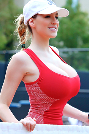 Jordan Carver in 'Tennis Hottie' via