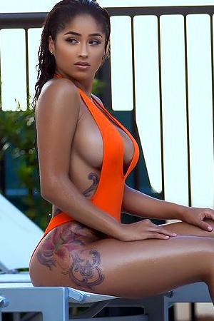Alyssa Marie in 'Ebony Curves' via Dynasty Series